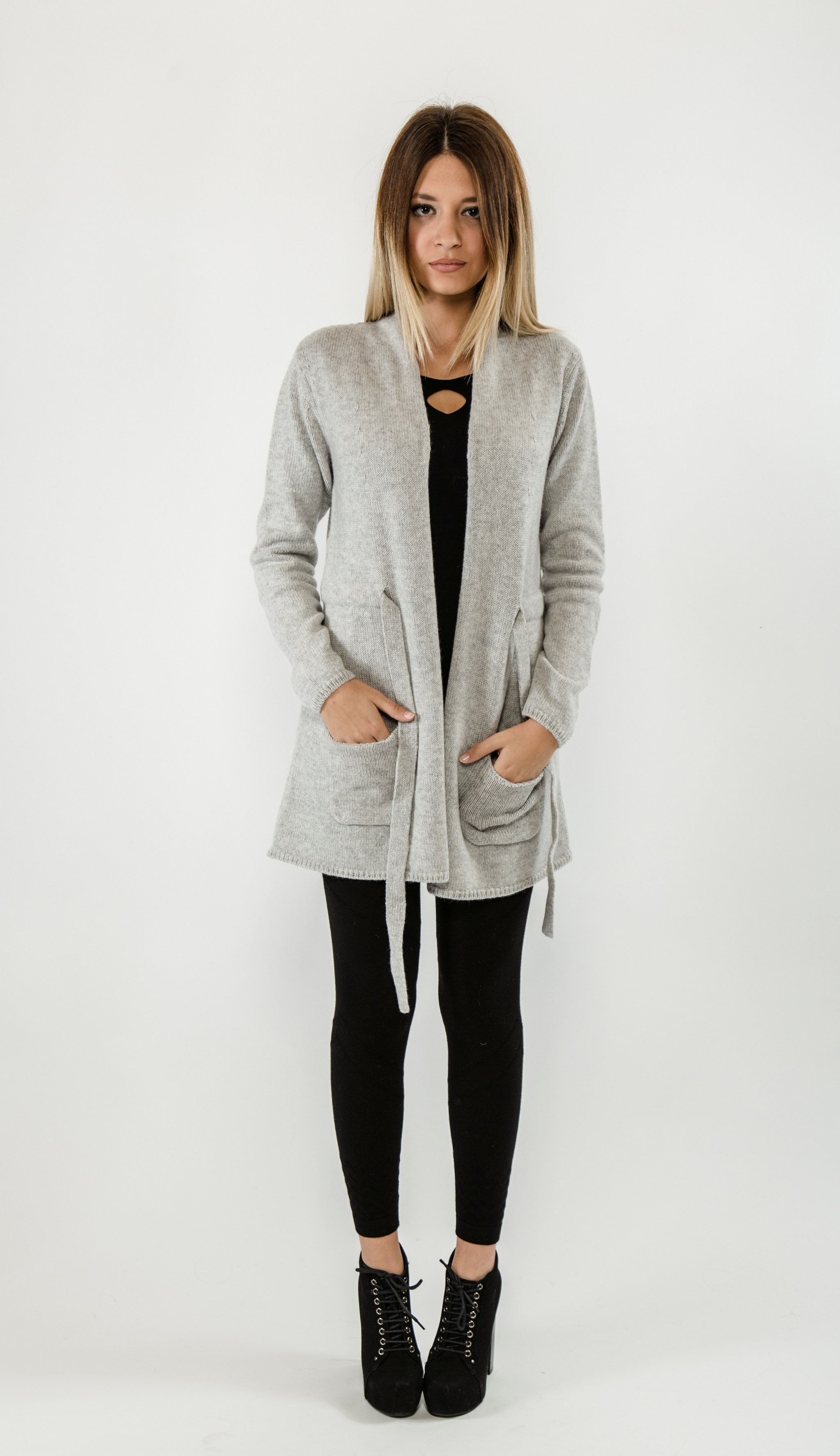 sports shoes cd286 e1ef0 Long and soft women's wool and cashmere cardigan with ...